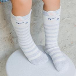Meia infantil cano alto animais fofinhos sem anti derrapante